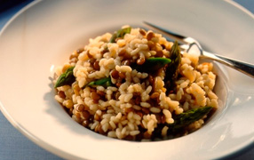 Asparagus and lentil risotto