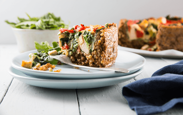 Spinach quiche with brown rice crust
