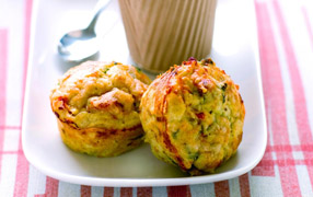 Semi dried tomato cheese muffins